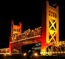 Tower Bridge raised (Sacramento, California USA) by Lenny La Rue, IPA