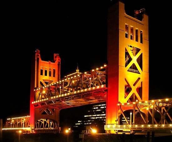 Tower Bridge raised (Sacramento, California USA) by Lenny La Rue, IPA