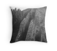 Devils slide Throw Pillow