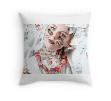 Queen of Shoelace in space  Throw Pillow