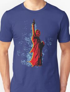 Statue of Che T-Shirt