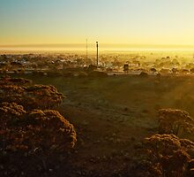 Dawn over Southern Cross (photo Dave Carter) by Colin White