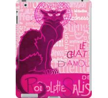 Le Chat D'Amour In Pink With Words of Love iPad Case/Skin