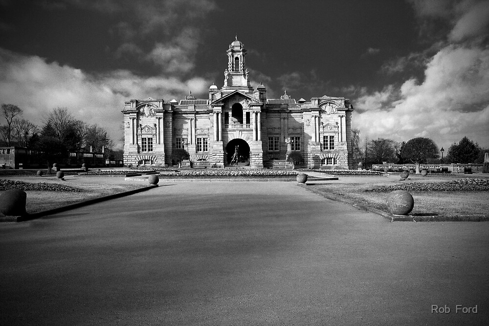 Cartwright Hall by Rob  Ford