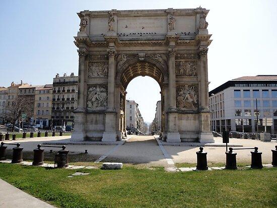 Marseillais Arch, Marseilles, France 2012 by muz2142