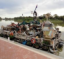 Unique Houseboat, Renmark, South Australia 2011 by muz2142