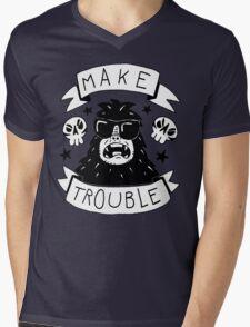 Make trouble - anarchy gorilla Mens V-Neck T-Shirt