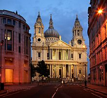 St Pauls Cathedral by Scott Harding