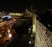 Jerusalem walls at night by Moshe Cohen