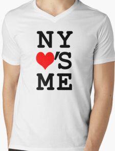 New York Loves Me Mens V-Neck T-Shirt