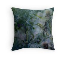 Field flowers Throw Pillow