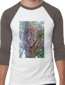 Kittens on a tree. Men's Baseball ¾ T-Shirt