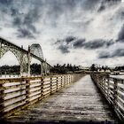 Yaquina Bay Pier by thomr