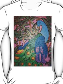 Peacock shines on starry sunset  T-Shirt