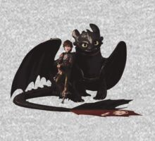 toothless with hiccup Kids Tee