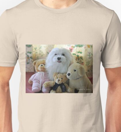 """""""Snowdrop the Maltese - """"Say Cheese Everyone"""" ! Unisex T-Shirt"""