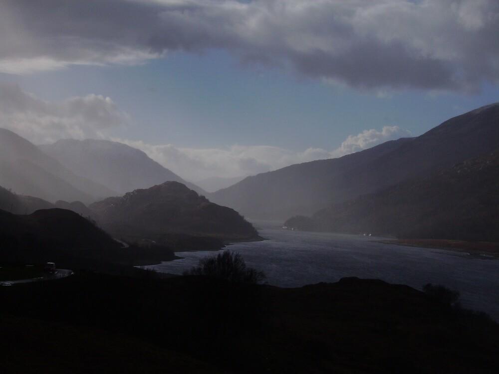 Mist on the hills by Daniel Knights