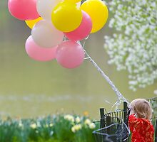 Girl and Balloons by alissawilkinson