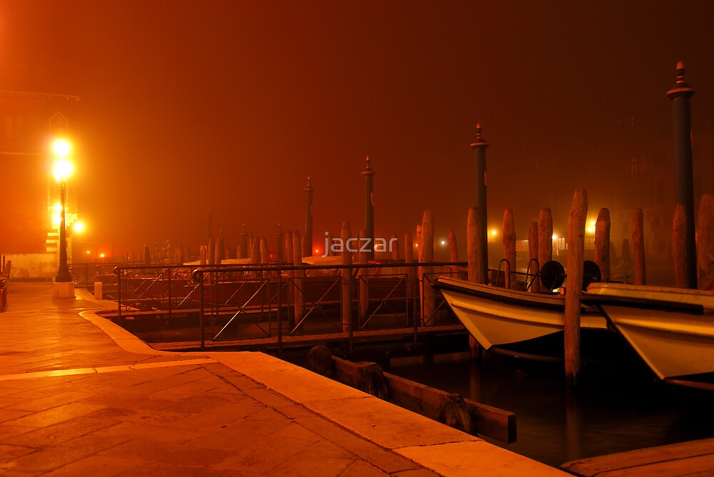 Venice by night by jaczar