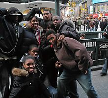 Times Square Kids by andykazie