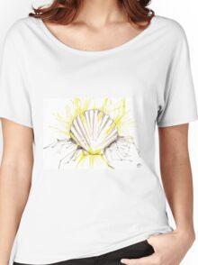 Splash Scallop Shell Women's Relaxed Fit T-Shirt