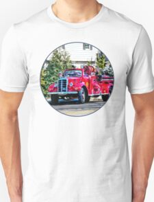 Old Fashioned Fire Truck Unisex T-Shirt