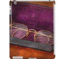 Optometry - Has anyone seen my glasses  iPad Case/Skin
