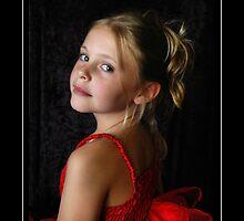 Scarlet Fairy by Emjay