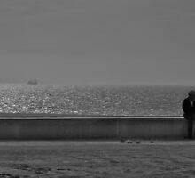 waiting for.. by Luis Gervasi