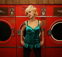 hot wash & tumble dry by Jo O'Brien