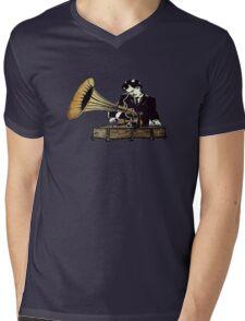 Old School DJ  Mens V-Neck T-Shirt