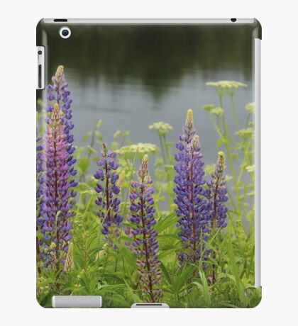 Lupin flowers at a lake iPad Case/Skin