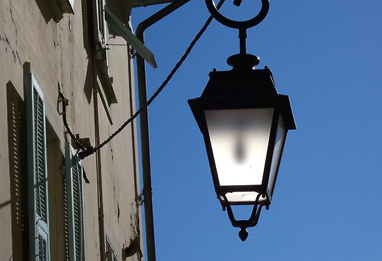 Lantern in the sky by daffodil