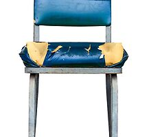 Grungy Chair by mrdoomits