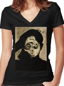 focussing Women's Fitted V-Neck T-Shirt