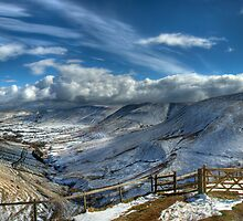 Edale viewed from Jacobs Ladder uk by Tony Fallon