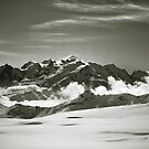 Mont Blanc 08 by miclile