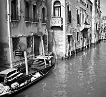 Back street in Venice by chuckieowl