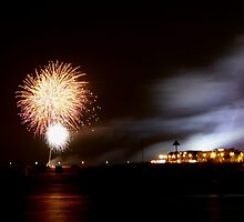 southend pier fireworks by Perggals© - Stacey Turner
