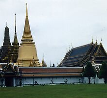 ROYAL GRAND PALACE by oshun25