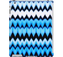 Chevron  blue hearts iPad Case/Skin