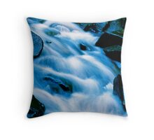 Untapped dreams Throw Pillow