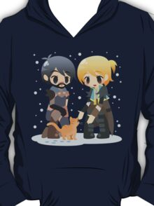 Dragon Age - Hawke and Anders in Snow T-Shirt