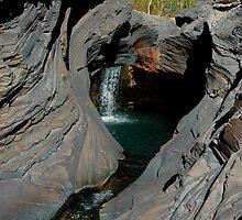 Hammersley Gorge, Karijini by Richard  Stanley