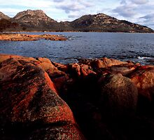 The Hazards - Coles Bay by Anthony Davey