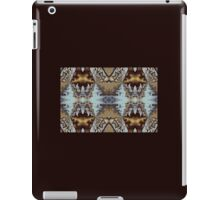 Mir Mir of the Great Divide iPad Case/Skin