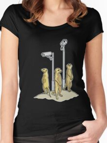 Meerkat CCTV Women's Fitted Scoop T-Shirt