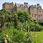 Chastleton House & Garden by vivsworld