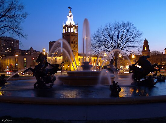 Evening Capture J.C. Nichols Fountain by Jelderkc
