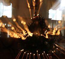 Christmas Tree Zoom by arachnidstardis